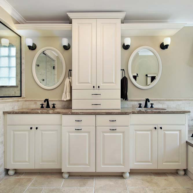 Bathroom / Vanity